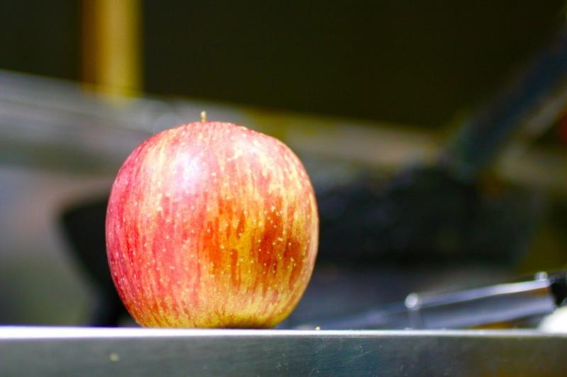 アップルケーキに使うりんご