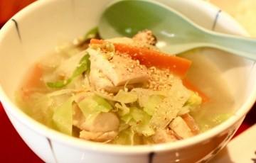 ベジフェス 8種の野菜と鶏の食べるスープ2