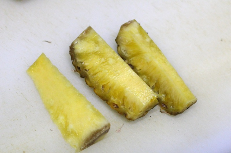 パイナップルの切り方4