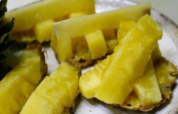パイナップルの切り方9