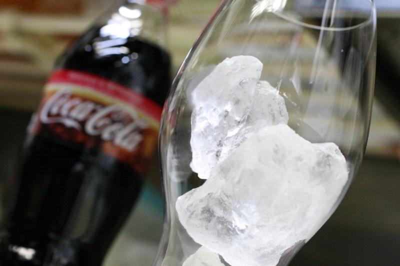 リーデルのコカコーラ専用グラス13