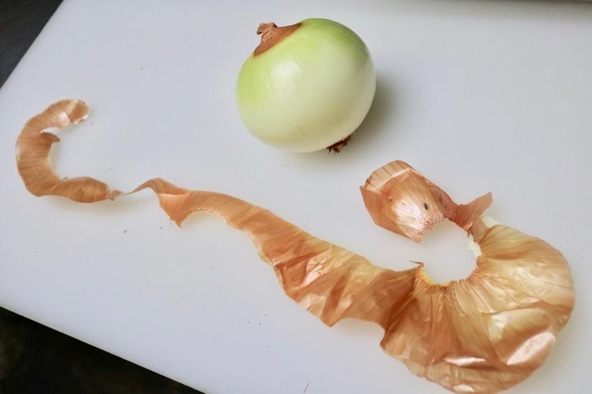 玉葱の皮の簡単な剥き方5